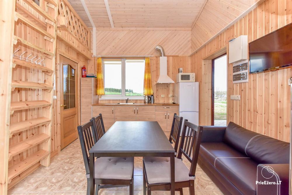 Tiek izīrētas nelielas brīvdienu mājas Molētu reģionā pie ezera - 5