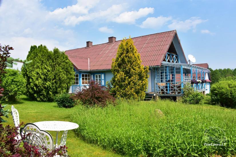 Lauku sēta pie Ilmedas ezera, Lietuvā, Molētu reģionā - 1