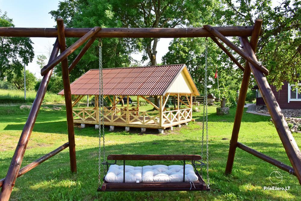 Lauku sēta pie ezera Lietuvā Prie koptos - 3