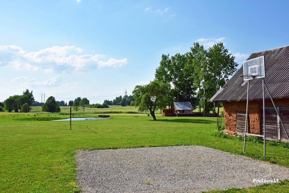 Lauku sēta pie ezera Lietuvā Prie koptos - 14
