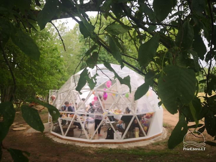 Izīrē pirts un kupola mājas ezera krastā - 12