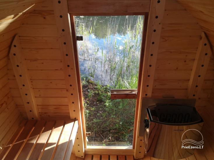 Izīrē pirts un kupola mājas ezera krastā - 8