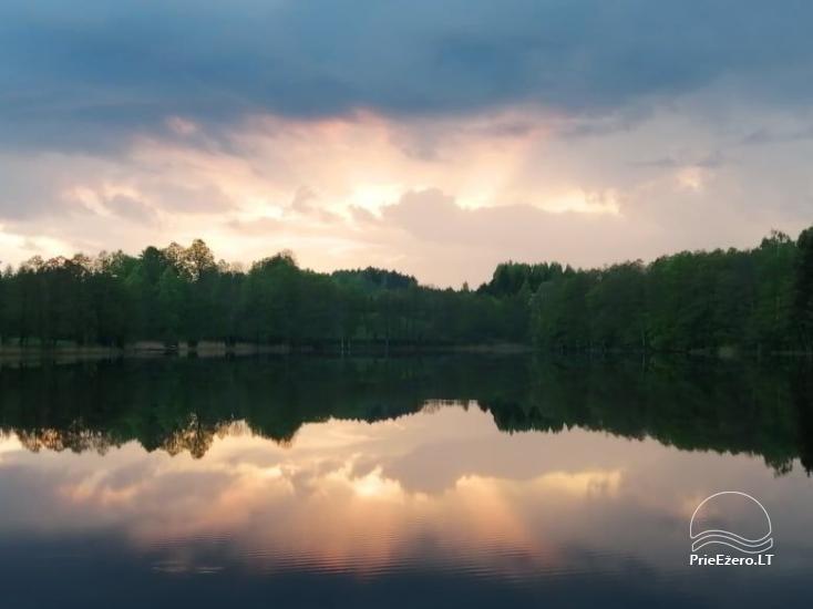 Mājīga neliela vasaras māja ezera krastā mierīgai atpūtai - 3