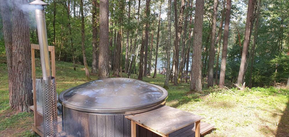 Lauku sēta ar privātu ezera krastu - 6