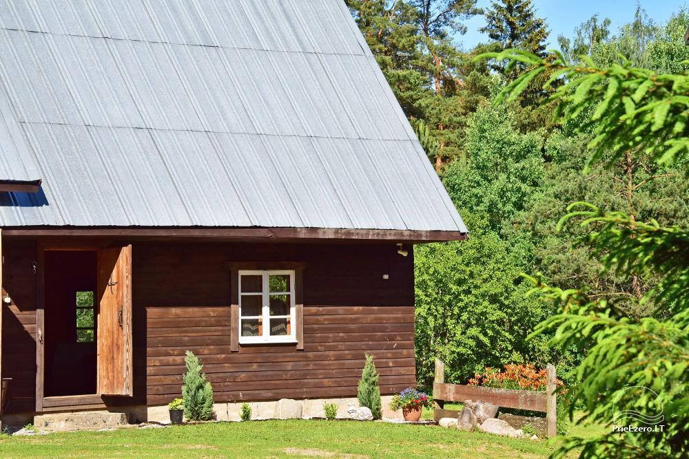 Māja ar pirti krastā ezera - 16