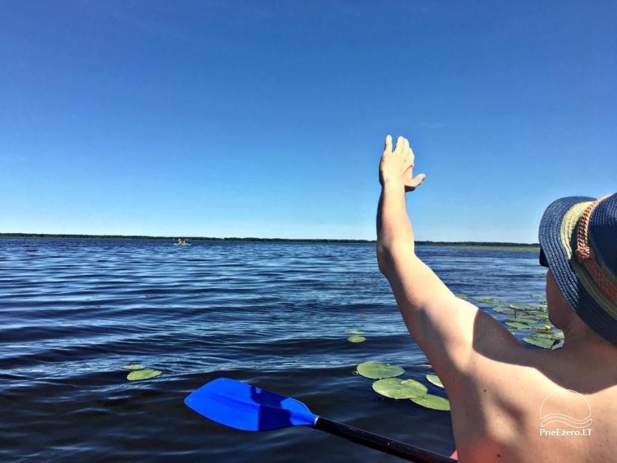 Villa pie upes ģimenes brīvdienām: smailītes, makšķerēšana, izklaide bērniem - 22