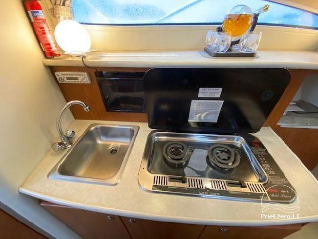 Boatcation - nakšņošana laivā ar visām ērtībām - 12