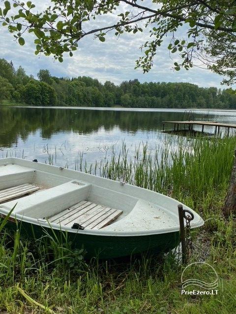 Pa'Labe krasts - viensēta netālu no ezera - 8