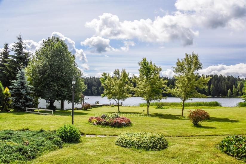 Sovai sēta pie ezera Traku rajonā, Lietuvā - 1