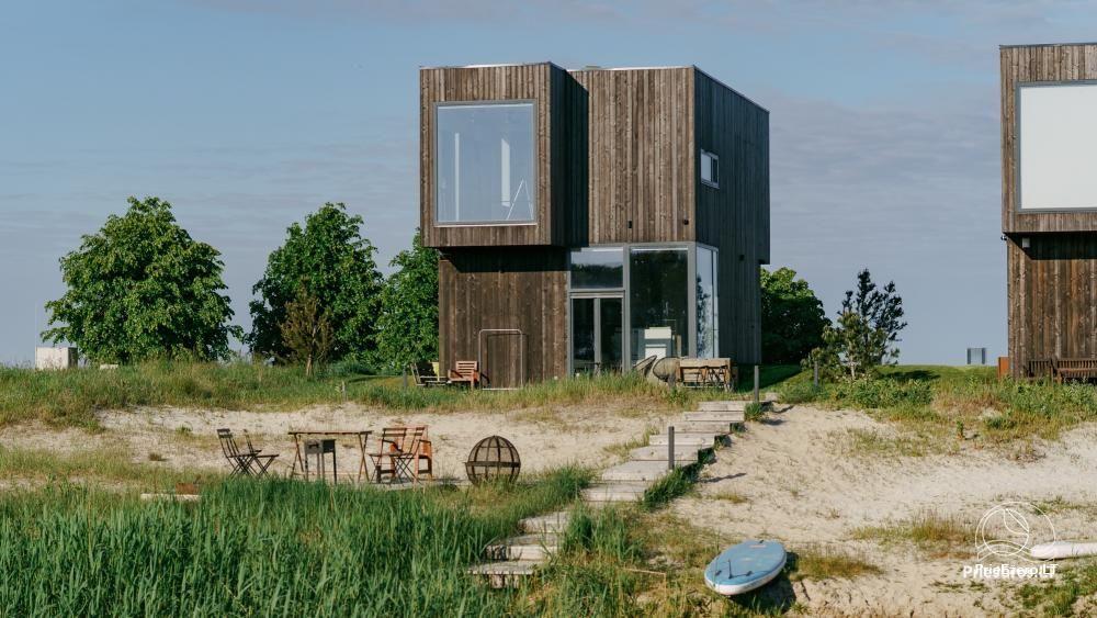 Izcila māja Kuršu lagūnas krastā ar privātu pludmali - 1