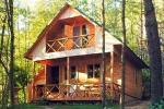 Brīvdienu mājas un pirts sētā Moletai rajonā pie ezera Geliai Žemuogynė