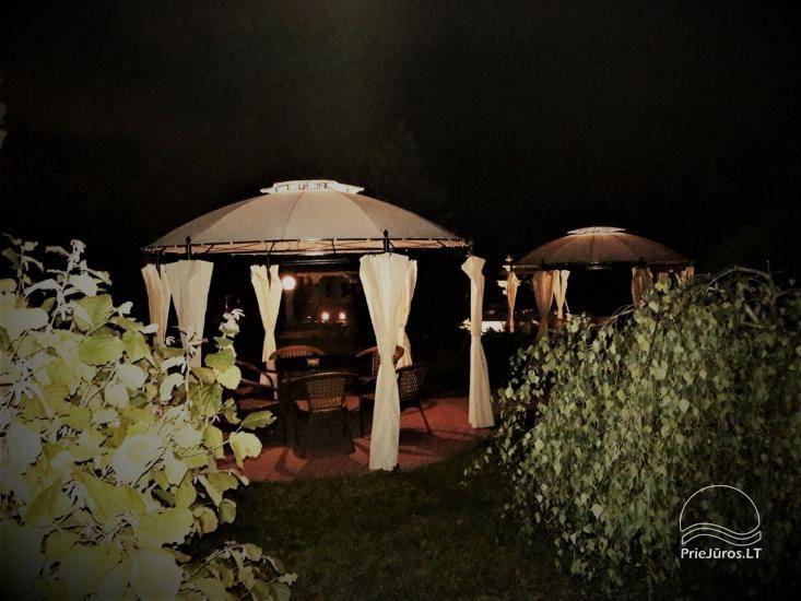 Sēta netālu no Klaipēdas LINGIŲ SODYBA: saunas, naktsmītnes, banketu zāles - 4