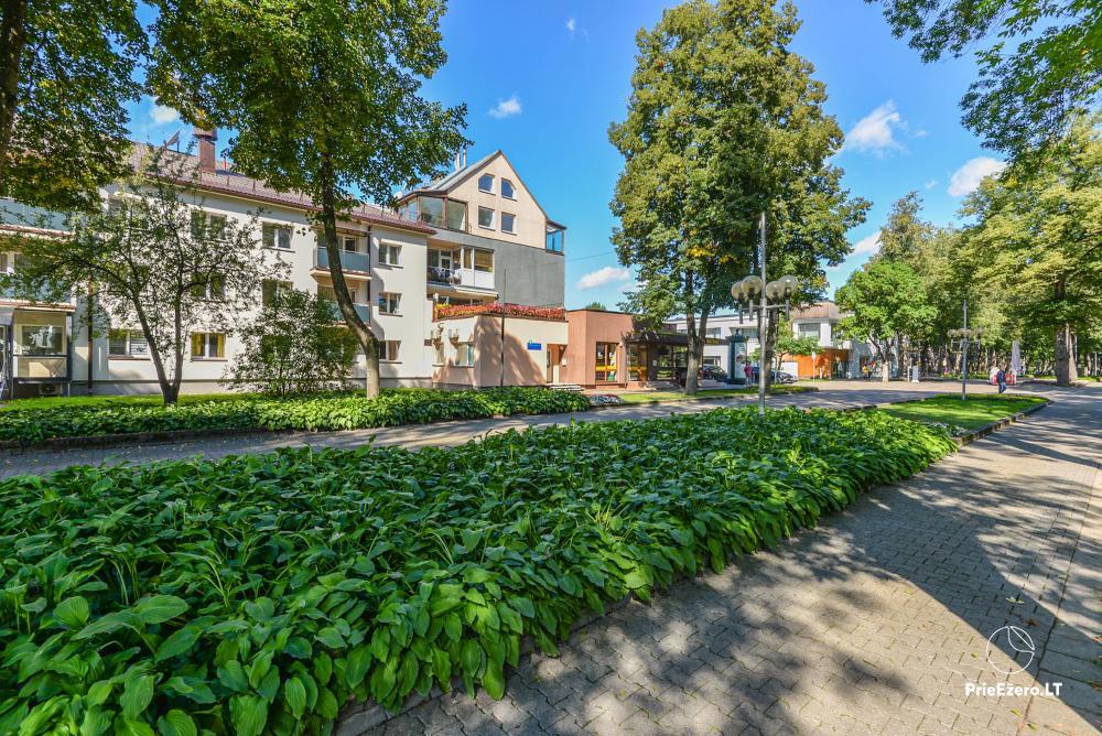 Izīrē dzīvokli Druskininku centrā pie Grand SPA ar skatu uz ezeru! - 2