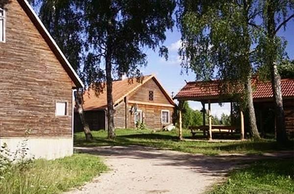 Sēta pie dziļākais ezers Lietuvā Jono sodyba - 1