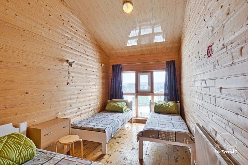 Viesu nams ezera krastā starp Vilņu un Kauņu dažādiem pasākumiem un svinībām - 21