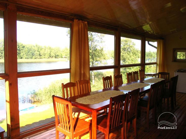 Viesu nams ezera krastā starp Vilņu un Kauņu dažādiem pasākumiem un svinībām - 34