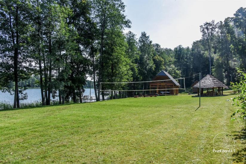 Lauku māja pie ezera - 10