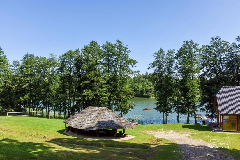 Lauku māja pie ezera - 9