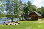 Lauku māja pie ezera - 2