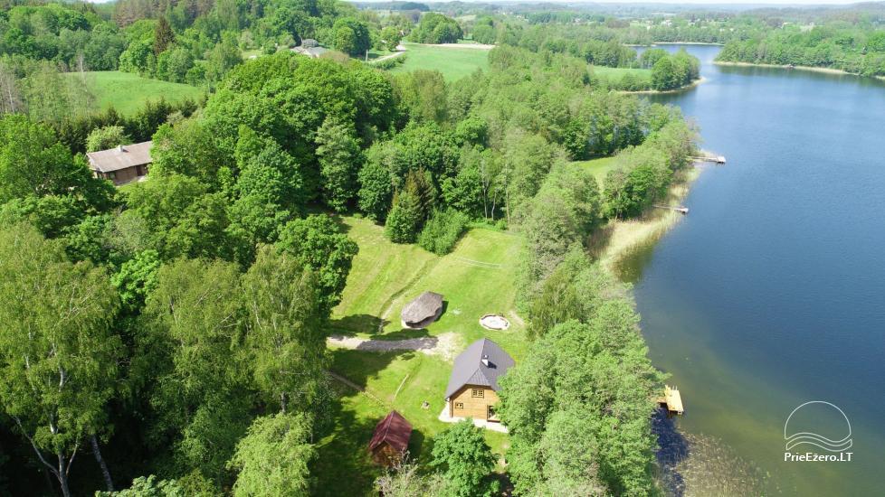 Lauku māja pie ezera - 13