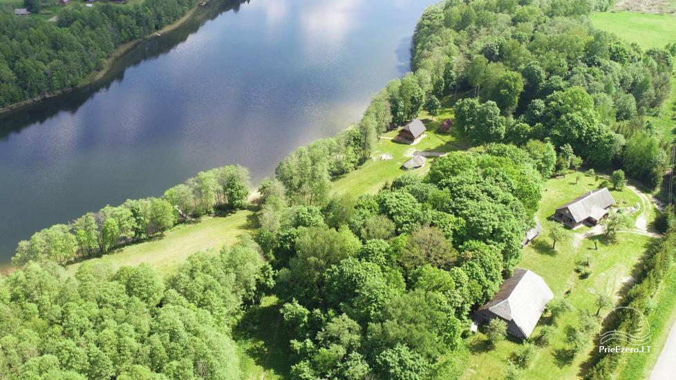 Lauku māja pie ezera - 18