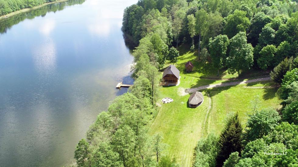 Lauku māja pie ezera - 11