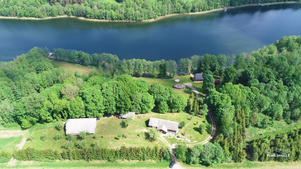 Lauku māja pie ezera - 3