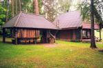 Sēta - telšu vietas un brīvdienu mājiņas Molētu rajonā pie ezera Siesartis