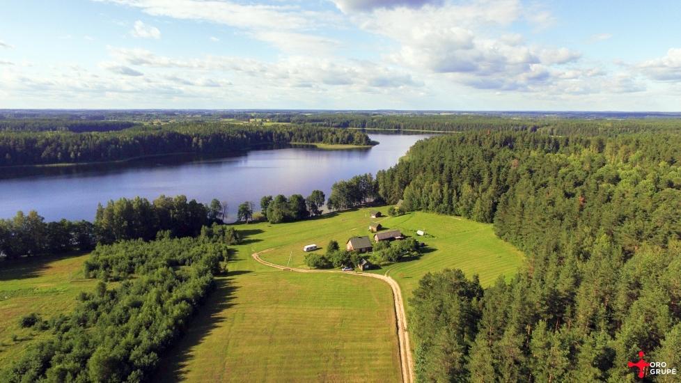 Sēta - telšu vietas un brīvdienu mājiņas Molētu rajonā pie ezera Siesartis - 3