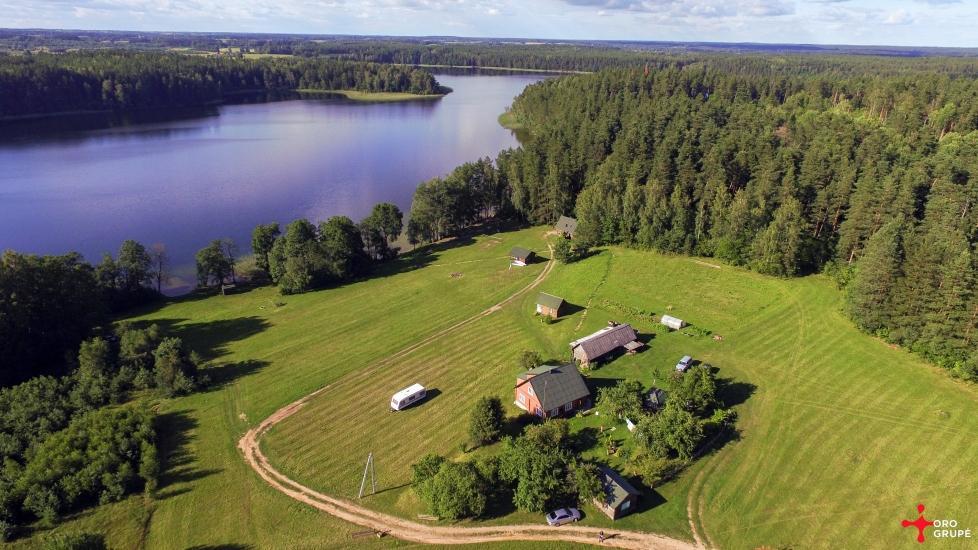 Sēta - telšu vietas un brīvdienu mājiņas Molētu rajonā pie ezera Siesartis - 4