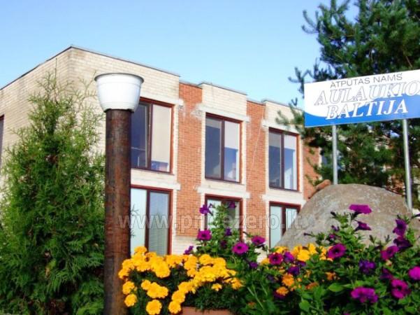 Biljards, galda teniss, sporta spēles atpūtas nami Liepajas rajona pie ezera Pape Aulaukio Baltija - 8