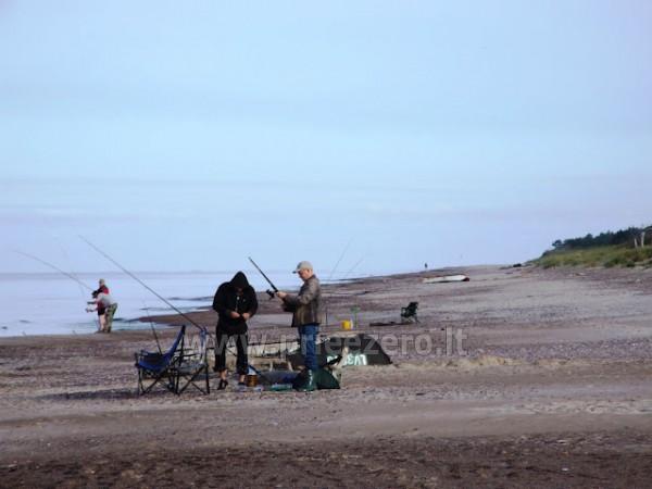 Zvejo ezera Papes, laivu noma. Atpūtas nami Liepajas rajona Aulaukio Baltija - 2