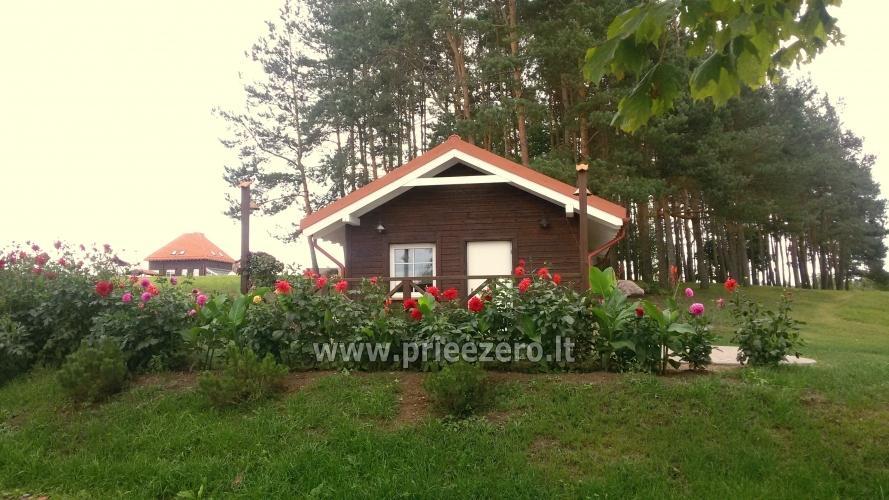 Māja uz ezera krastu: pirts, istabas, banketu zāle 30 personām, kajaki - 2