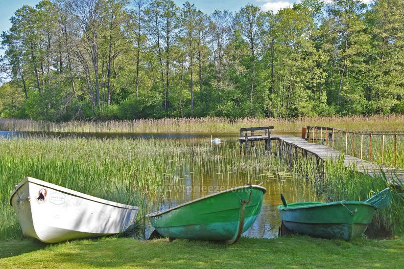 Kayak īre sētā pie ezera Gaidelių sodyba - 9