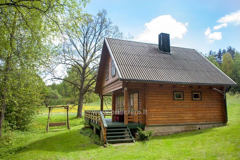 Lauku sēta tuvu Luokesu ezera Moletai rajonā, Lietuvā - 2