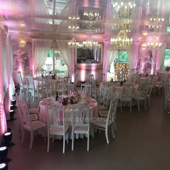 Lauku seta Varenas rajona kāzas ar lielu banketu zāle - 5