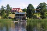 Viesu nams ezera krastā starp Vilņu un Kauņu dažādiem pasākumiem un svinībām