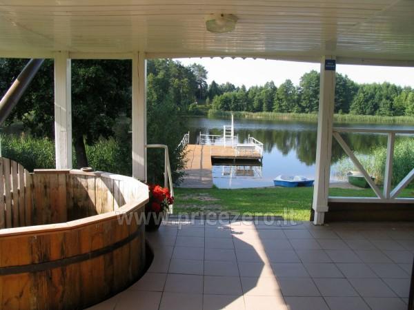 Tradicionālo pasākumu un korporatīvo pasākumu viesību māja pie ezera Traku rajonā, Lietuvā - 7