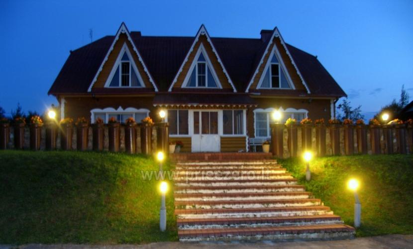 Tradicionālo pasākumu un korporatīvo pasākumu viesību māja pie ezera Traku rajonā, Lietuvā - 1