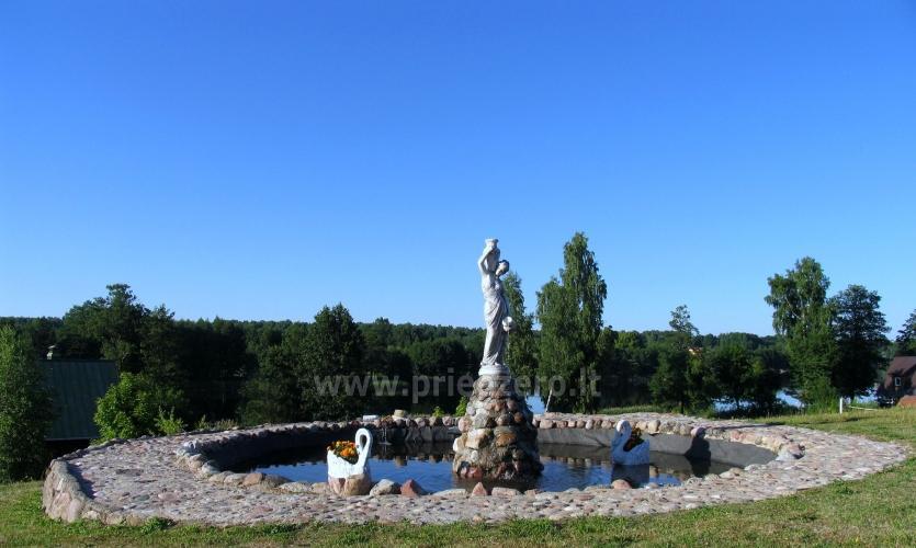 Tradicionālo pasākumu un korporatīvo pasākumu viesību māja pie ezera Traku rajonā, Lietuvā - 9