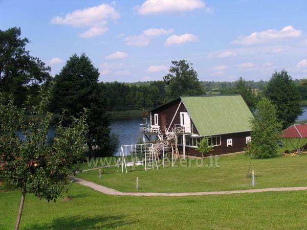 Viesu nams ezera krastā starp Vilņu un Kauņu dažādiem pasākumiem un svinībām - 18