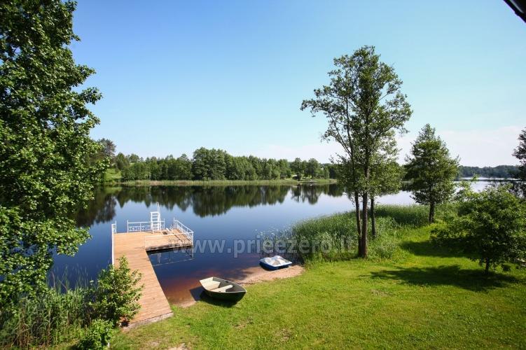 Viesu nams ezera krastā starp Vilņu un Kauņu dažādiem pasākumiem un svinībām - 25