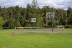 Basketbola, volejbola, futbola laukums lauku mājā Zinenai