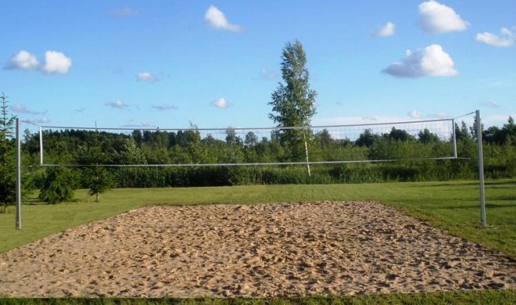 Basketbola, volejbola, futbola laukums lauku mājā Zinenai - 3