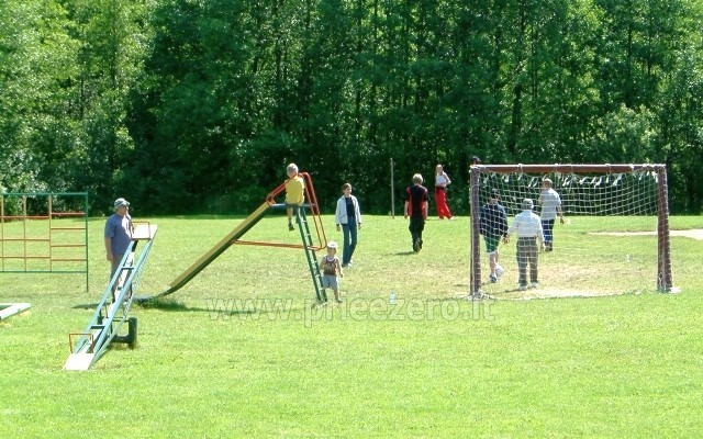 Makšķerēšana, biljards, galda teniss, futbols un basketbola tiesām lauku seta Antalakaja - 7