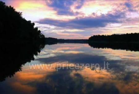 Laivu braucieni upe Augustava Polija Dom w lesie - 2
