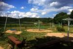 200 metru attālumā: ezers, laivu noma, bērnu rotaļu laukums, basketbola un volejbola laukums - 2