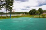 200 metru attālumā: ezers, laivu noma, bērnu rotaļu laukums, basketbola un volejbola laukums - 7