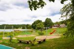 200 metru attālumā: ezers, laivu noma, bērnu rotaļu laukums, basketbola un volejbola laukums - 8