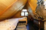 Māja līdz 13 personām: dzīvojamā-ēdamistaba, pilnībā aprīkota virtuve, 5 guļamistabas, terase, balkons, WC - 21